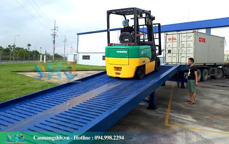 cau-xuong-container-1