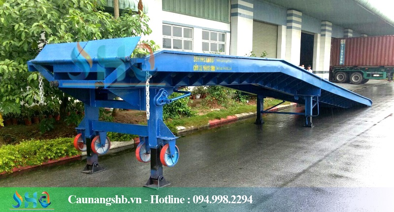 cau-xuong-container-3