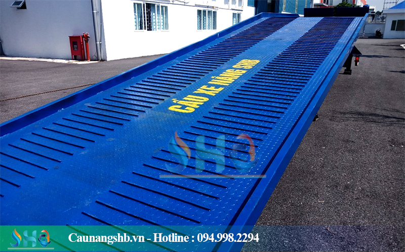 Cầu dẫn container 12 tấn
